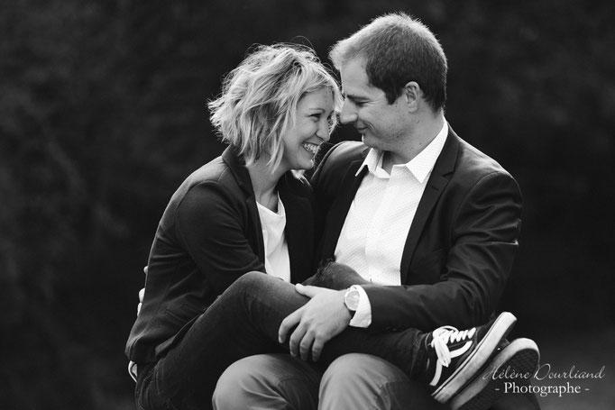 séance photo en couple lors d'une ballade en forêt de Rambouillet