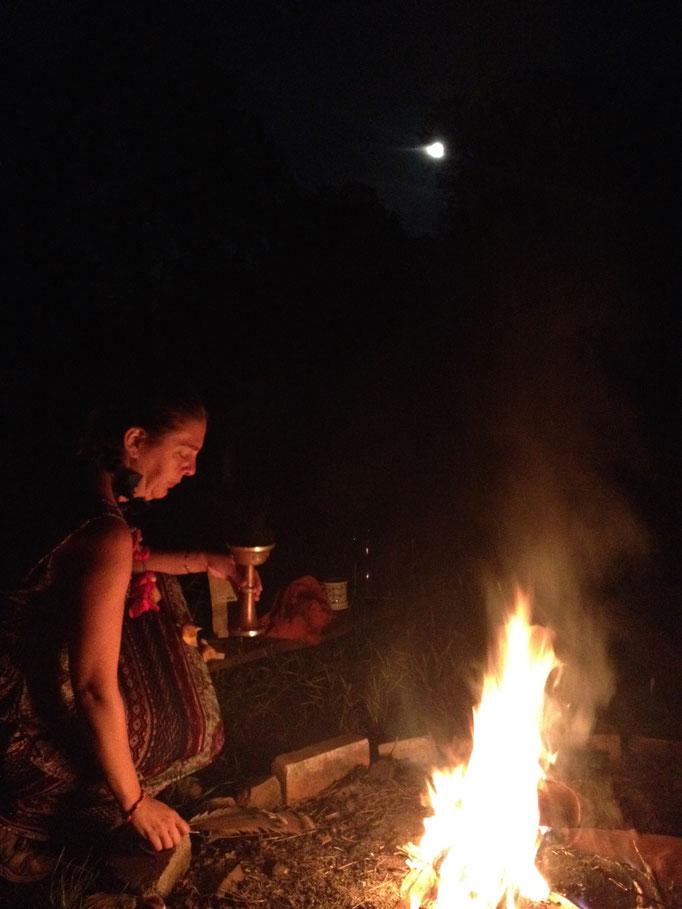 Petra Hinze Frauenwissen & Schamanismus, Feuer Zeremonie