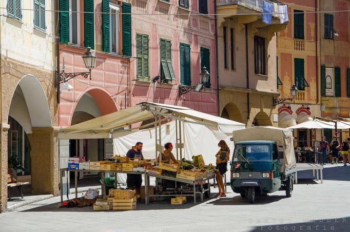 Marktstand Santa Margherita Ligure / Ligurien / Italien / Daniel Keller Fotografie