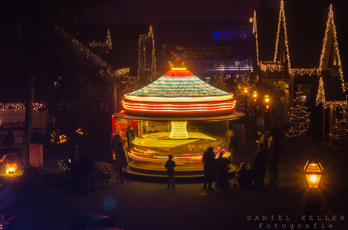 Karusell bei Nacht / Daniel Keller Fotografie