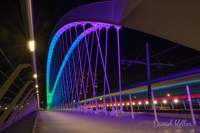 Brücke Kehl Tram bei Nacht