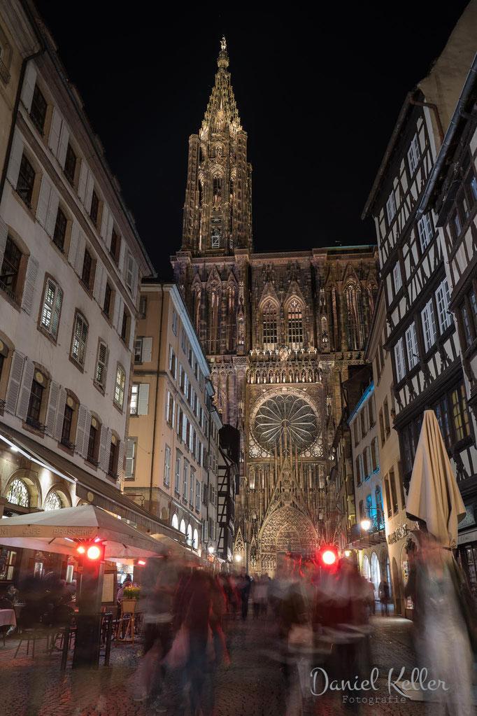 Straßburger Münster bei Nacht
