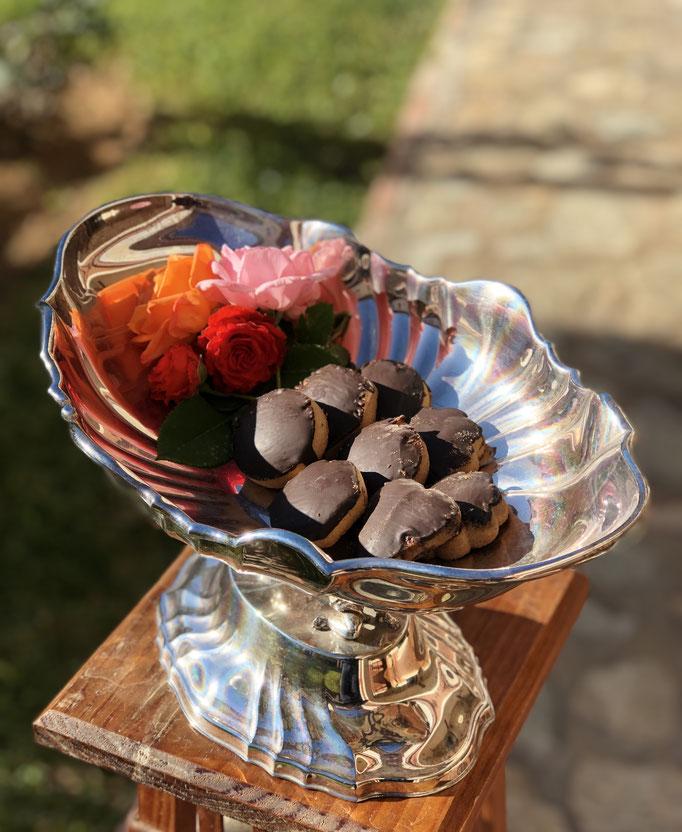 Pastas de chocolate. Caja de 500 gr, 4´50€