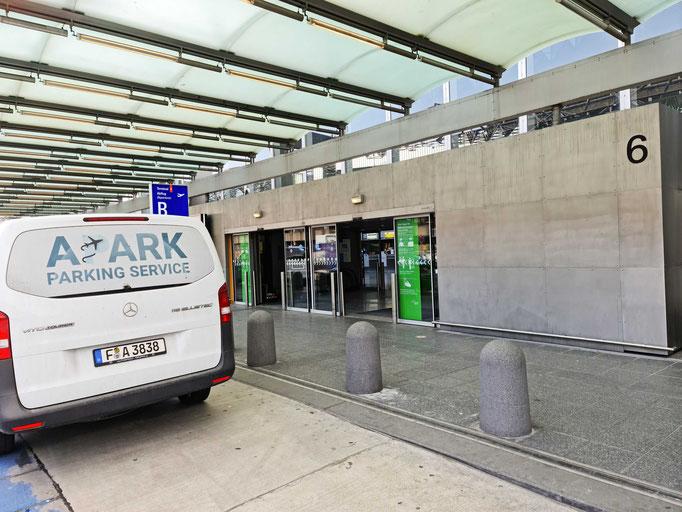 Valet Parking Service in Frankfurt am Main am am Flughafen - wir holen Ihr Auto ab