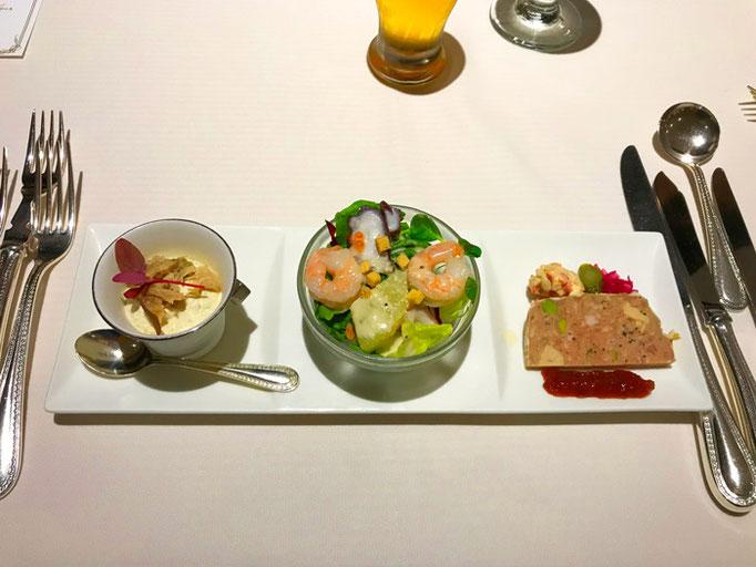 蛸と小海老のサラダ仕立て、秋茄子のムース チキンコンフィ添え、パテ・ド・カンパーニュ どれもおいしく、後の料理に期待が持てた
