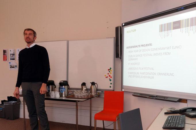 Andreas Zürn stellt die Arbeit des Goethe-Instituts in Irland vor.