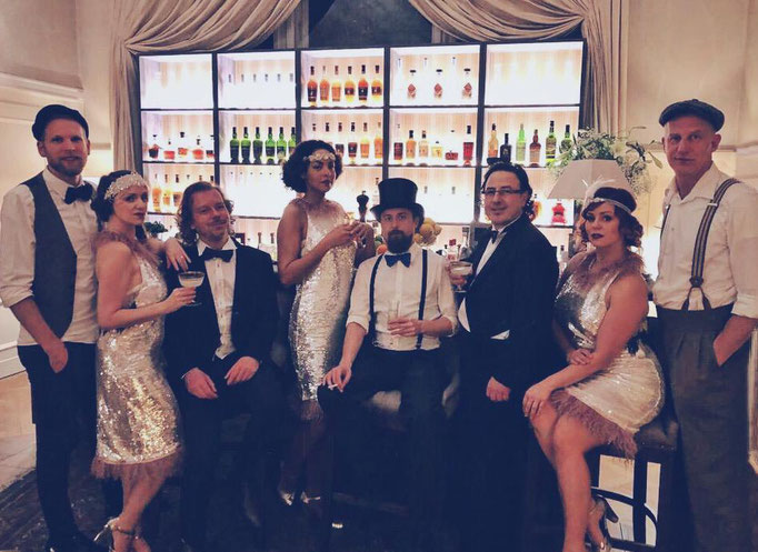 Exklusive Gatsby Swing Party für 16 Gäste auf Schloss Boyneburgk in Sontra.