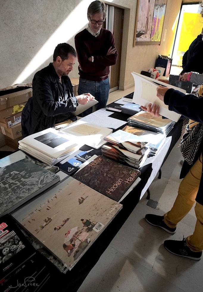 Photaumnales 2019 librairie avec Ediciones Anómalas. Israel Arino Quadrilatère de Beauvais ©Beauvaizine