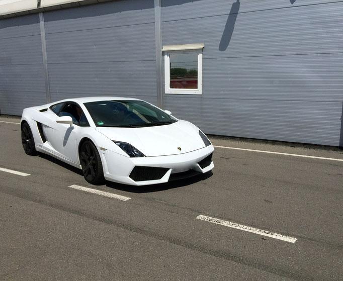 Lamborghini Rennstrecke mieten
