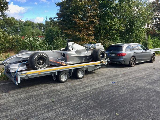 Formel 1 Showcar Transport / Werbung