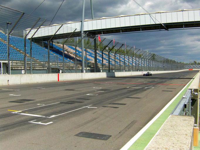 Formel Rennwagen selber fahren Lausitzring Rennstrecke nahe Berlin