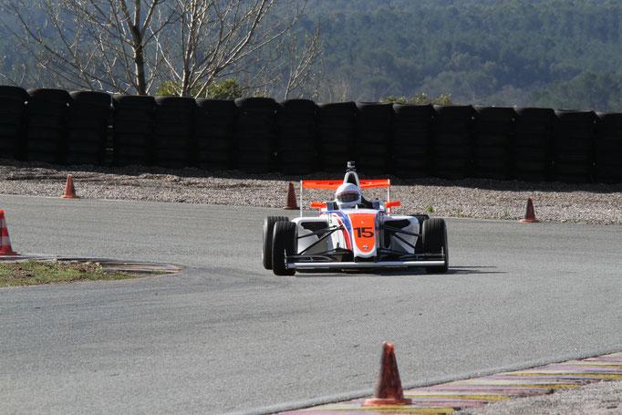 Formel 4 Rennauto fahren