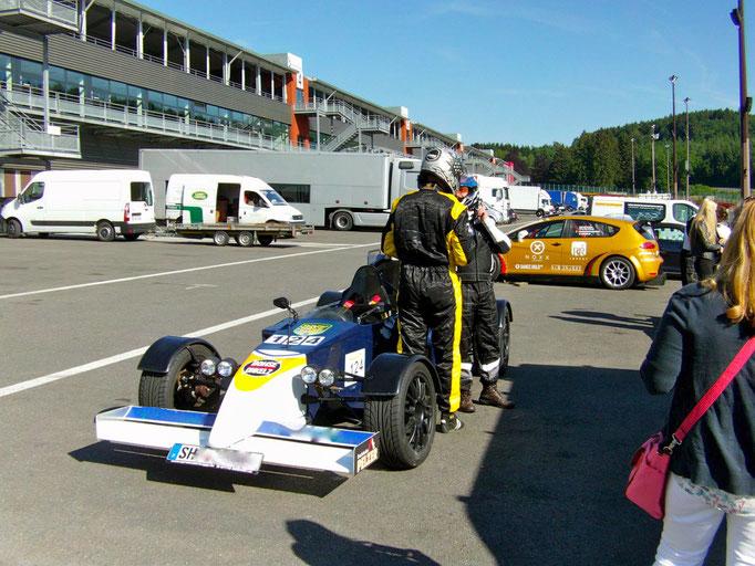 Formel 1 Renntaxi Co Pilot mitfahrt