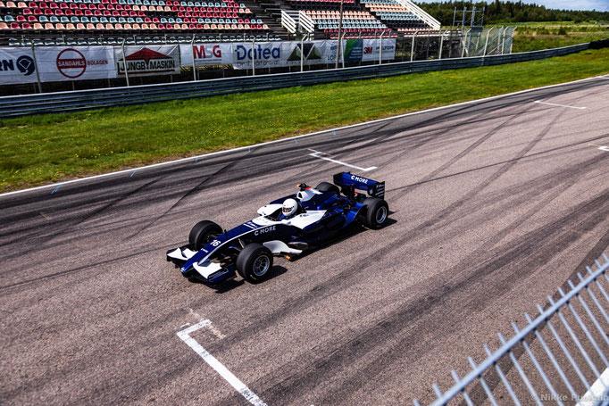 F1 Auto