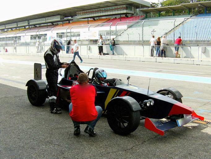 Formel 3000 Relpica selber fahren Hockenheimring
