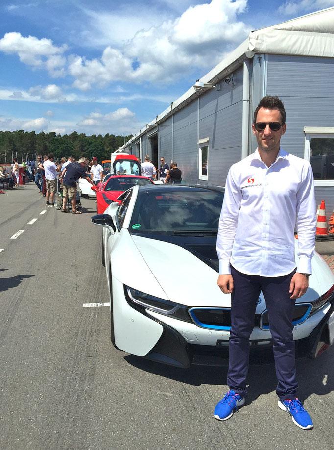 BMW i8 mieten Rennstrecke
