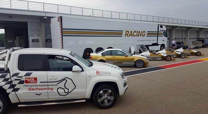Rennwagen fahren Sachsenring