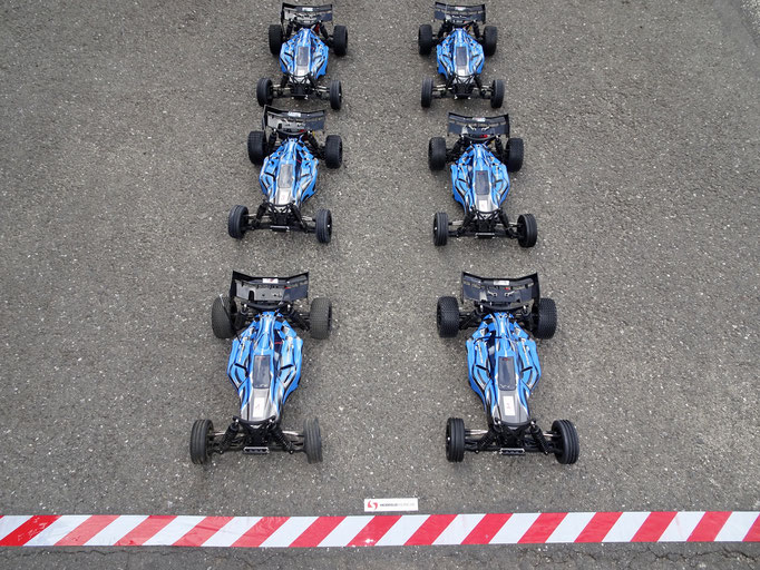 Ferngesteuerte RC Autos