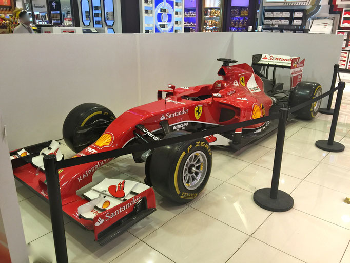 Formel 1 Ferrari Rennwagen mieten, Formula 1 Showcar rental hire