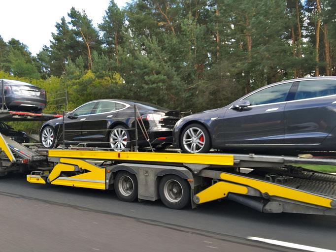Tesla Rennstrecke mieten