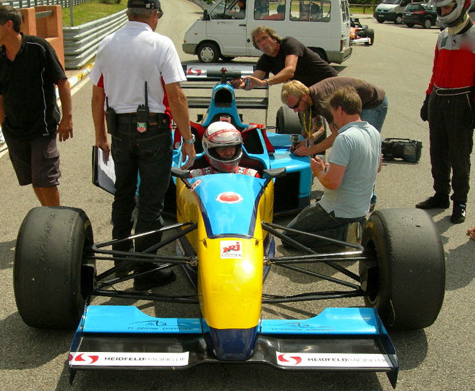 Formel 1 Renntaxi X2 Co Pilot Event Le Luc