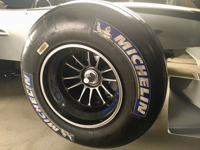 Formel 1 Reifen mieten