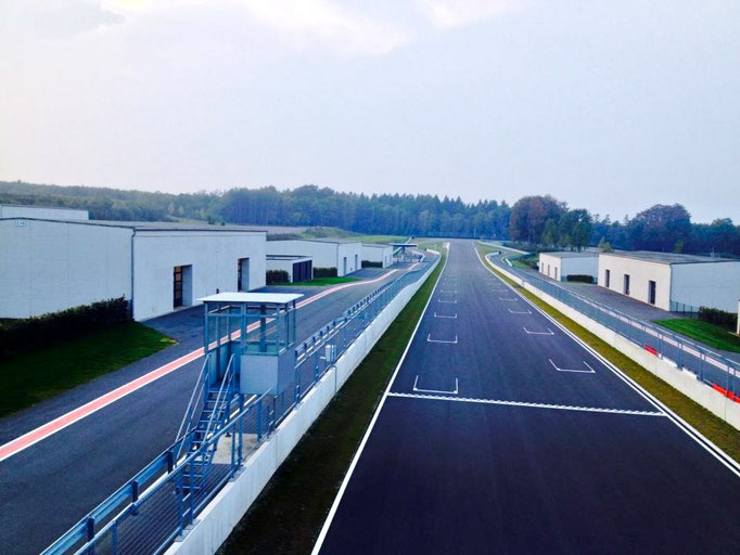 Rennwagen Sportwagen selber fahren Bilster Berg