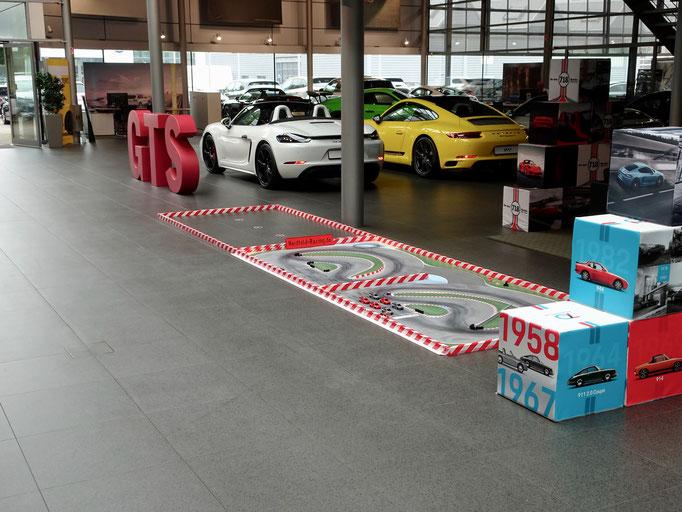 Vermietung von ferngesteuerten Autos und Rennstrecken