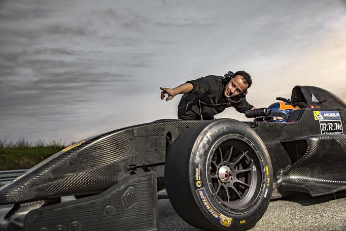 Formel Renault 2,0 fahren