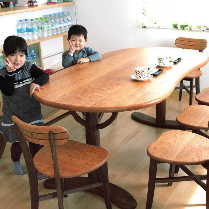 大きなそら豆ダイニングテーブルセット(つくば市・Y様邸)