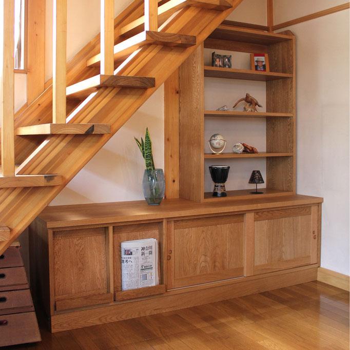 階段下の造り付け収納&飾り棚(愛川町・M様邸)