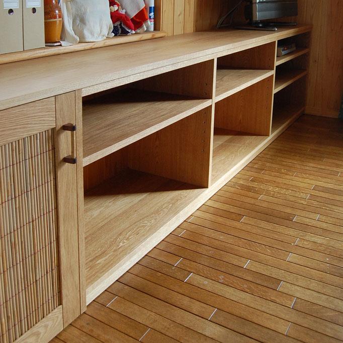 テレビ台を兼ねた造り付けオープンラック(鎌倉市・K様邸)