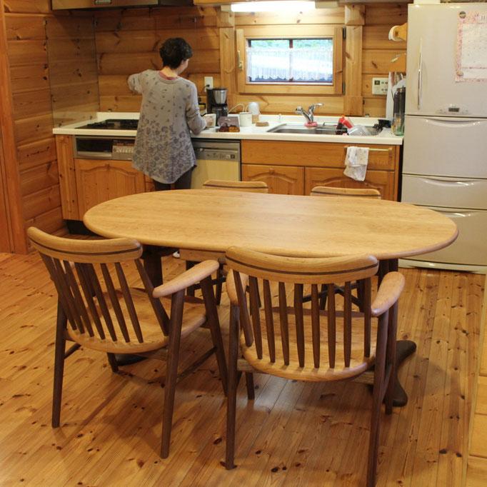 そら豆ダイニングテーブルとゆったりそら豆椅子(長泉町・H様邸)