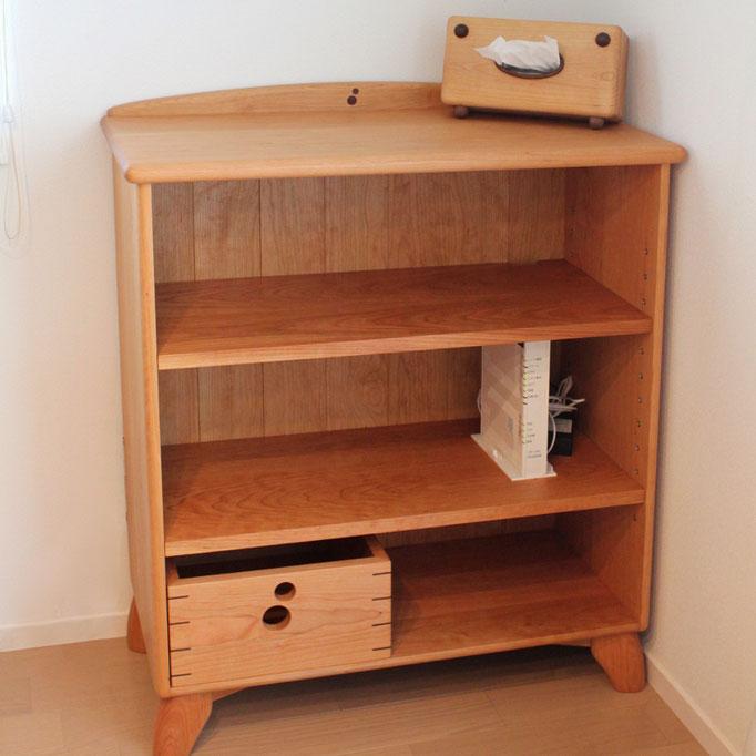 カップボードの棚板を再利用して作ったオープンシェルフ(厚木市・I様邸)