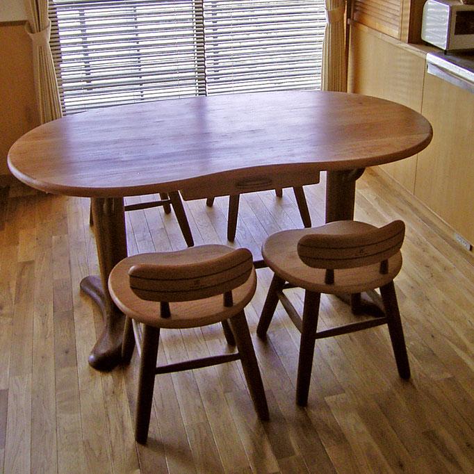そら豆ダイニングテーブルとそら豆小椅子(横浜市・K様邸)