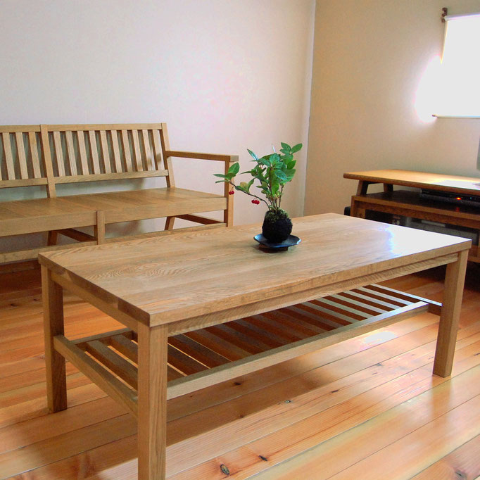 シンプルなセンターテーブル(相模原市・I様邸)