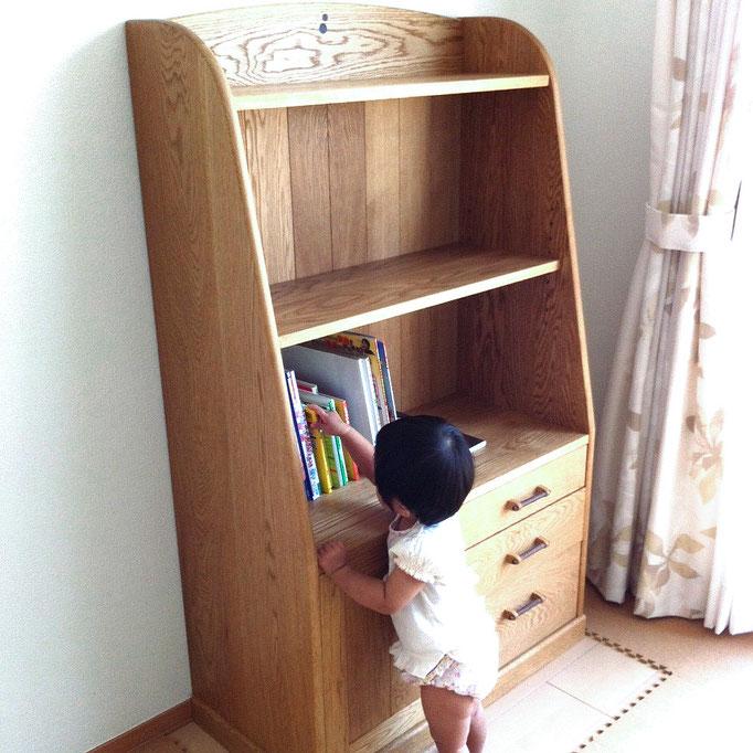 子供部屋の絵本棚(浜松市・K様邸)