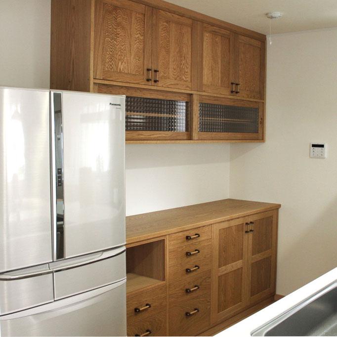 実用性ばっちり!使いやすさを重視したキッチン壁面収納(鎌倉市・M様邸)