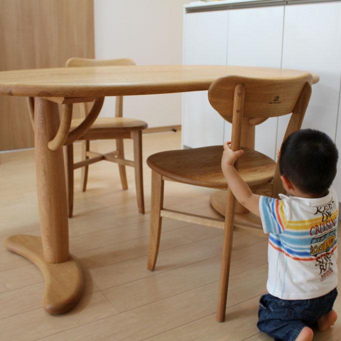 すべてナラ材で作ったそら豆ダイニングテーブルセット(厚木市・N様邸)