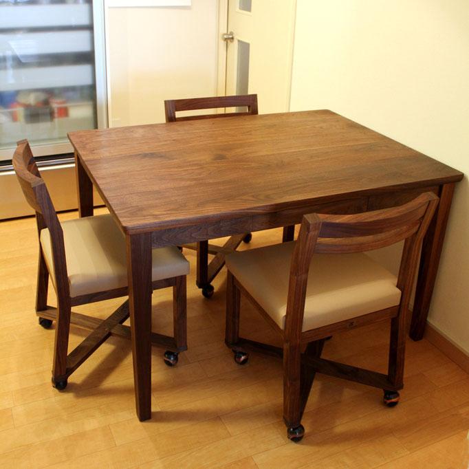 ウォルナットのコンパクトダイニングテーブルセット(藤沢市・K様邸)