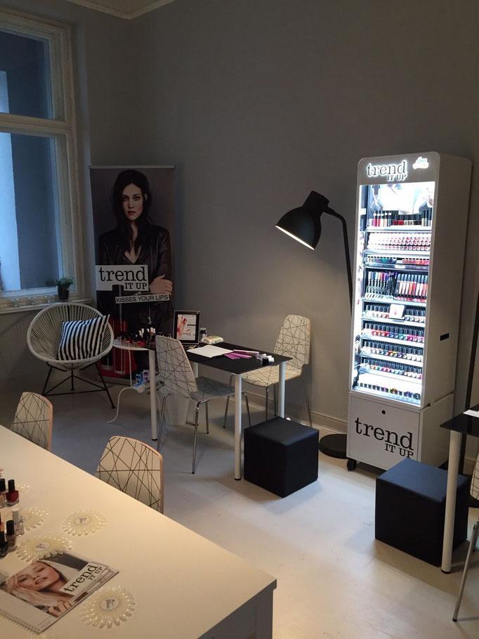 Beauty Blogger Café mit dm trend IT UP