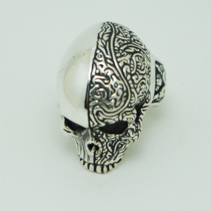 two face skull ring ¥24,800