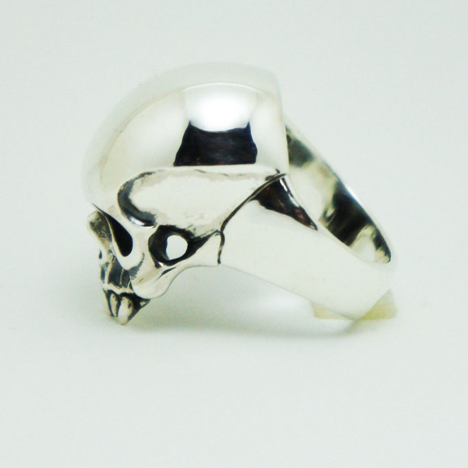 captain skull ring material : sv 925 color : Porished size : 28mm x 17mm x 15mm