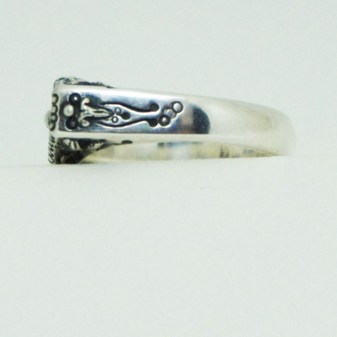 coffin ring material : sv 925 color : Porished size : 8mm x 23mm x 3mm