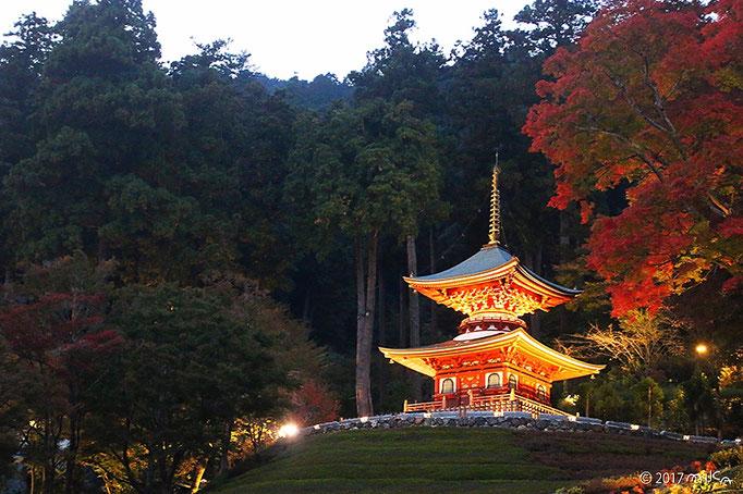 勝尾寺の多宝塔