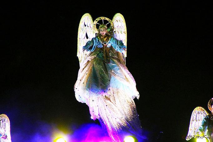 舞い上がる天使①
