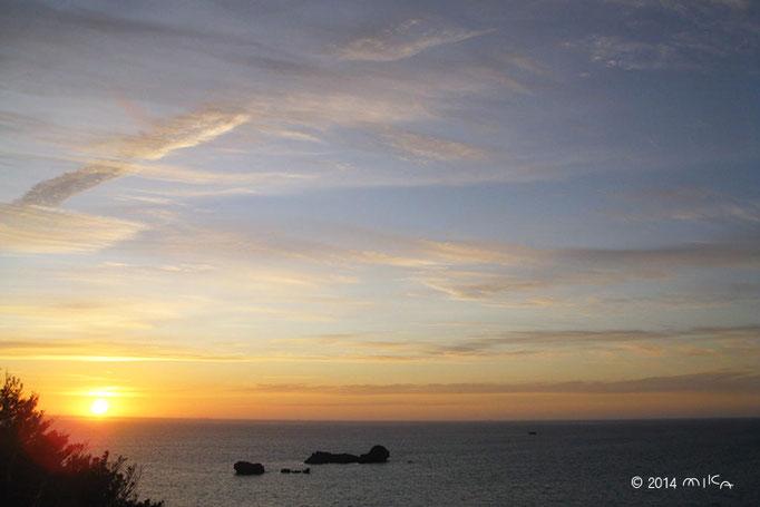浜比嘉島の朝日(沖縄県)