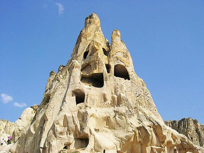 岩窟教会(ギョレメ野外博物館として保存)トルコ カッパドギア