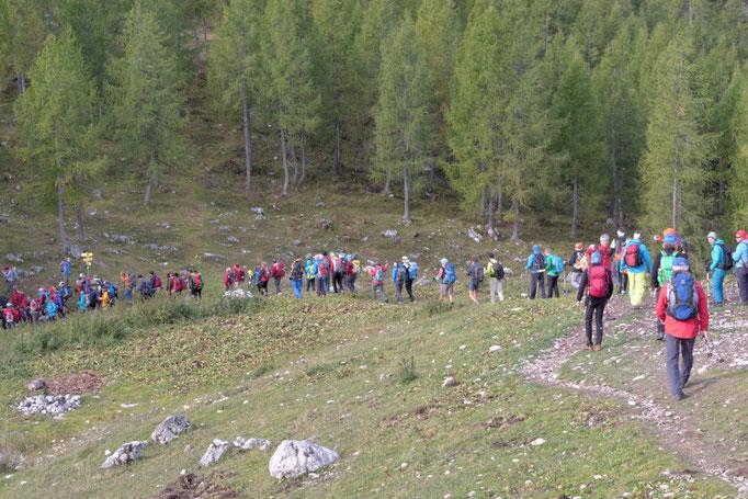 24 Stunden Wanderung für Nepal nahe Dümlerhütte