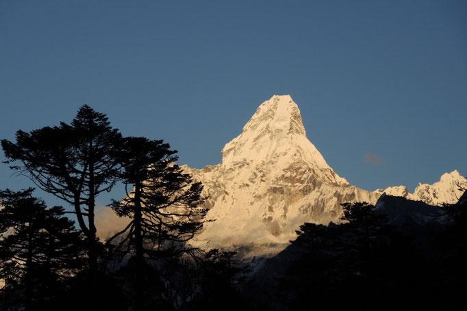 Die Ama Dablam im Abendlicht, nahe Everest View Hotel